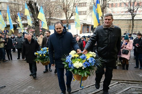 У Франківську відзначили 81-у річницю від дня народження В'ячеслава Чорновола (ФОТО)