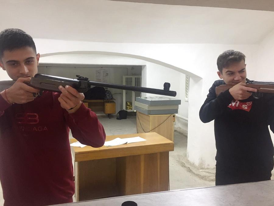 Франківські студенти-медики змагалися у стрільбі з гвинтівок (ФОТО)