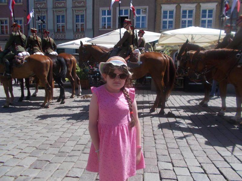 9-річна франківчанка бореться за повноцінне життя без сколіозу. Рідні просять про допомогу