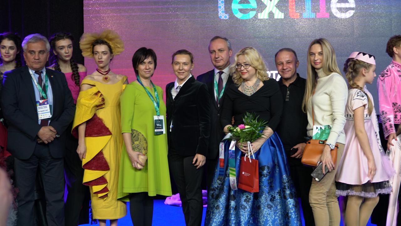 Прикарпатські дизайнерки представили свої колекції на подіумі у Польщі (ФОТО)