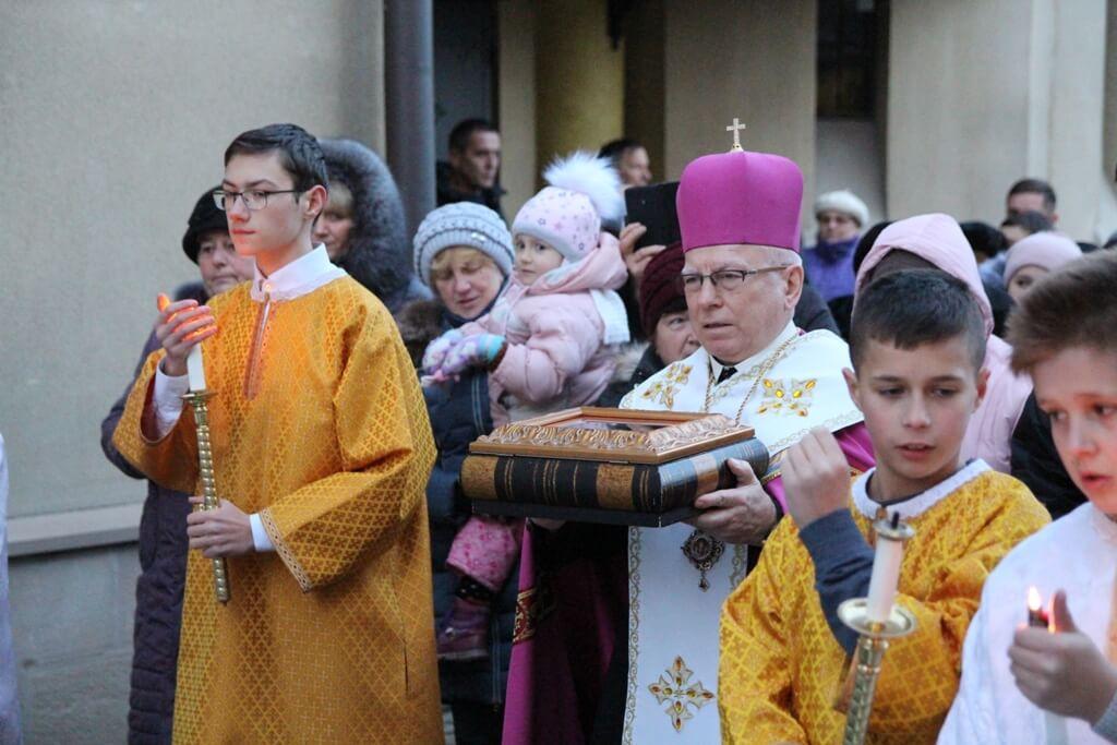 Монастирю Христа Царя в Івано-Франківську подарували мощі св. Івана Павла ІІ (ФОТО)