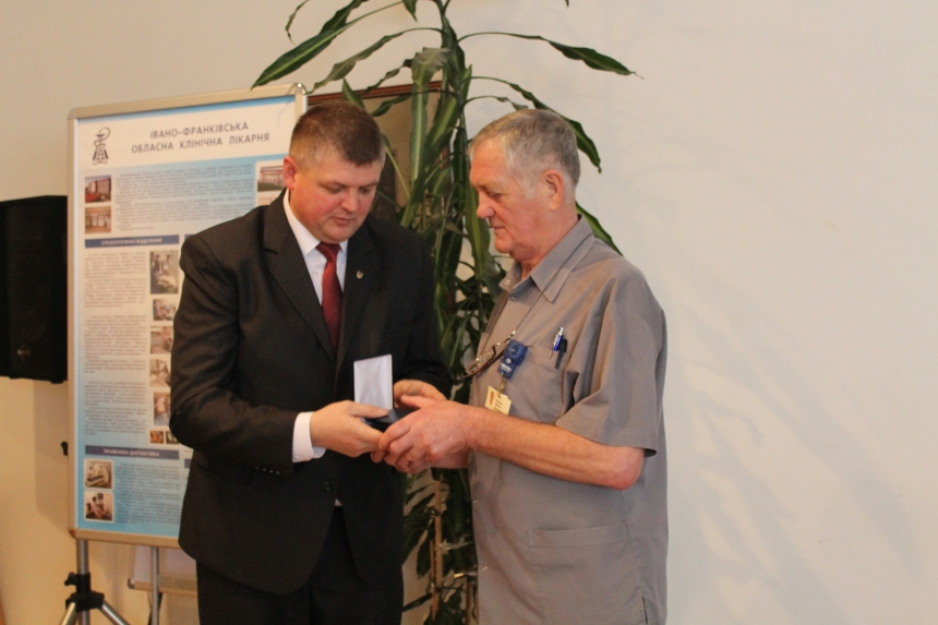Прикарпатських медиків відзначили державними нагородами (ФОТО)