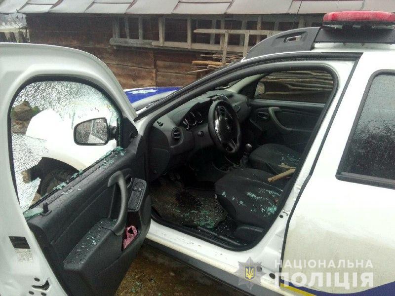 Журналісти з'ясували деталі збройного нападу на екіпаж поліції в Івано-Франківській області (фото+відео)