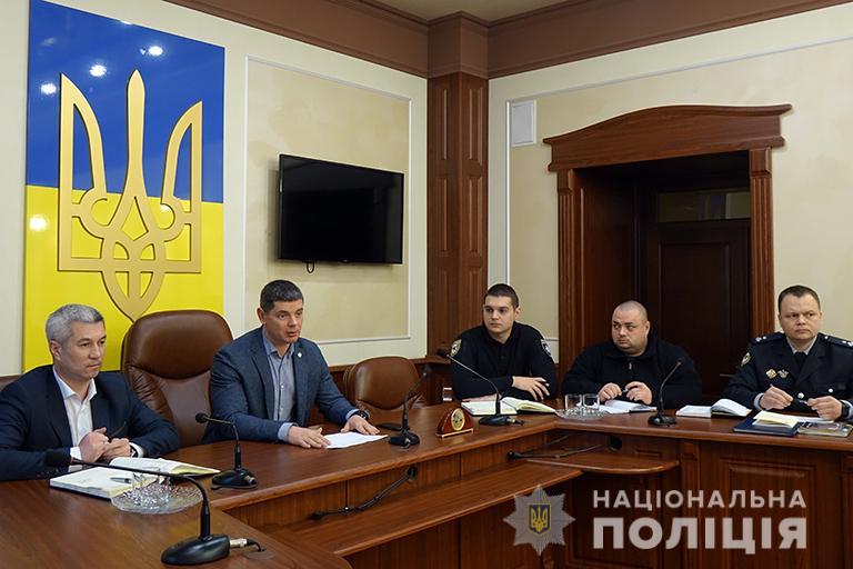 Керівник поліції Прикарпаття поспілкувався з курсантами-практикантами