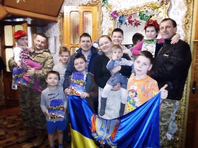 Волонтери з Тисмениччини відвезли на Схід України майже дві тонни гуманітарної допомоги (ФОТО)