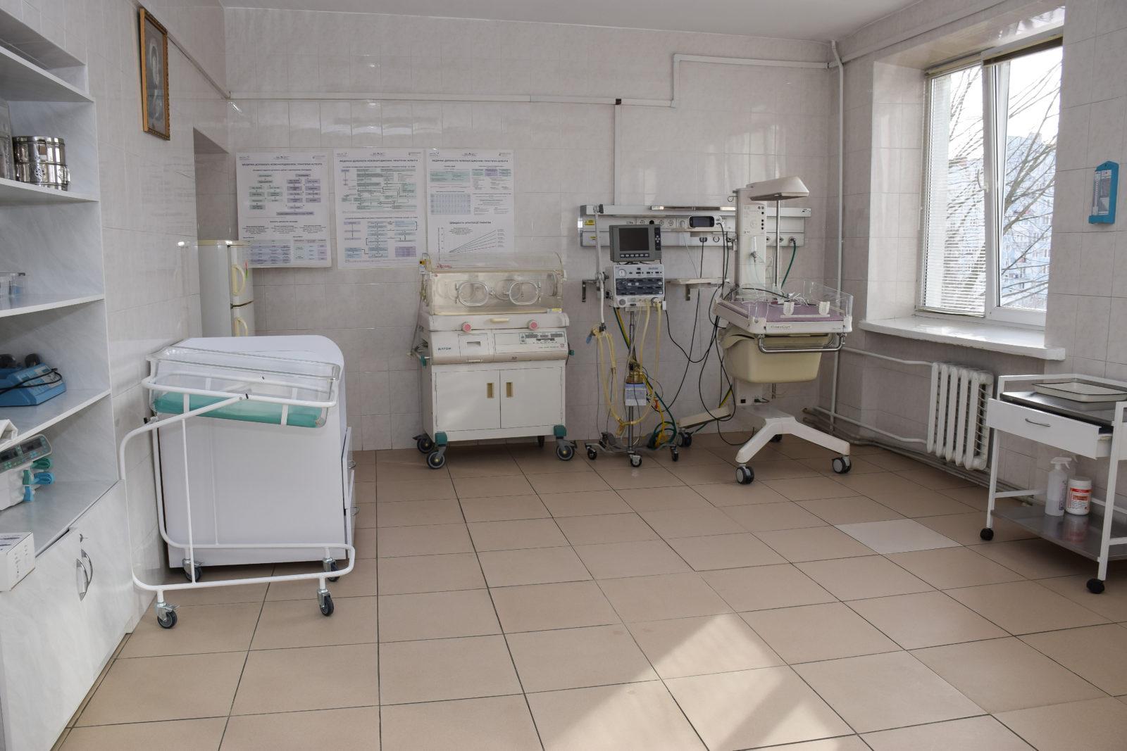 Франківський перинатальний центр поповнився обладнанням для новонароджених (ФОТО)
