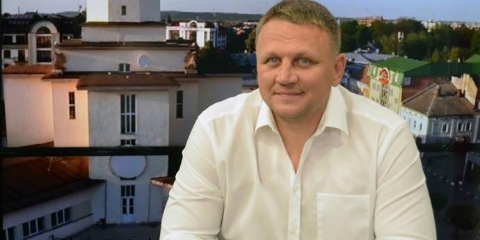 Кандидат Шевченко у своїх заявах перебільшив кількість охочих виїхати за кордон – дослідження