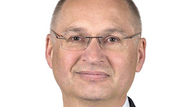 У Словенії депутат склав мандат після крадіжки сендвіча