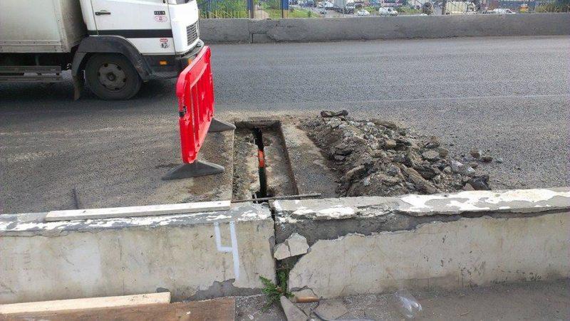Дотягнути до ремонту. Діючий міст на Пасічну «тріщить по швам» (ВІДЕО)