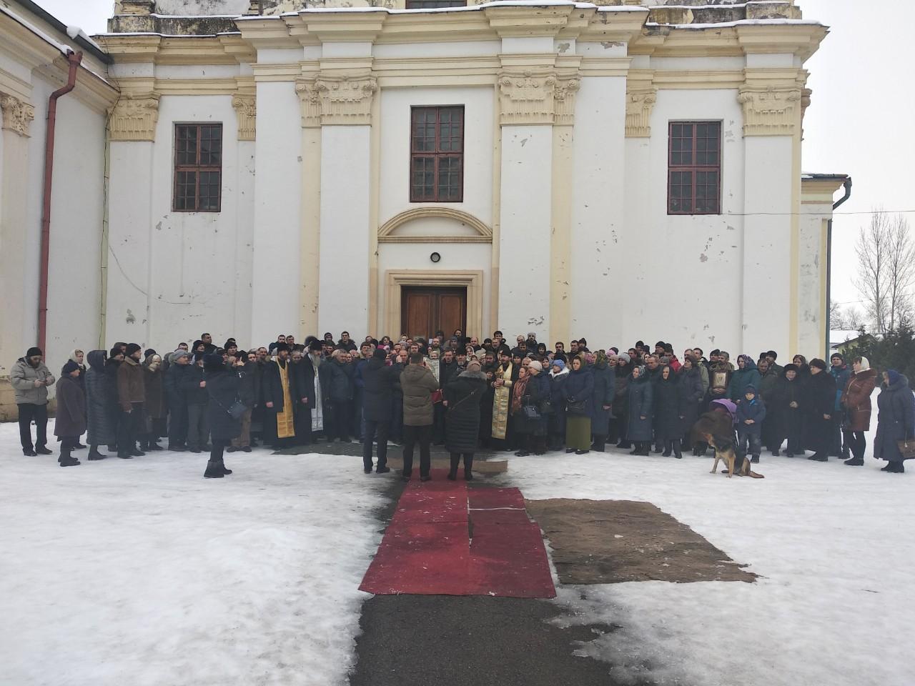 В УПЦ Московського патріархату стверджують, що 206 вірян з Богородчан не переходили в ПЦУ (ВІДЕО)
