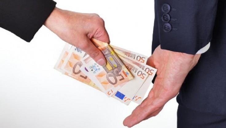 Прикарпатський екс-суддя постане перед судом за хабар у п'ять тисяч євро