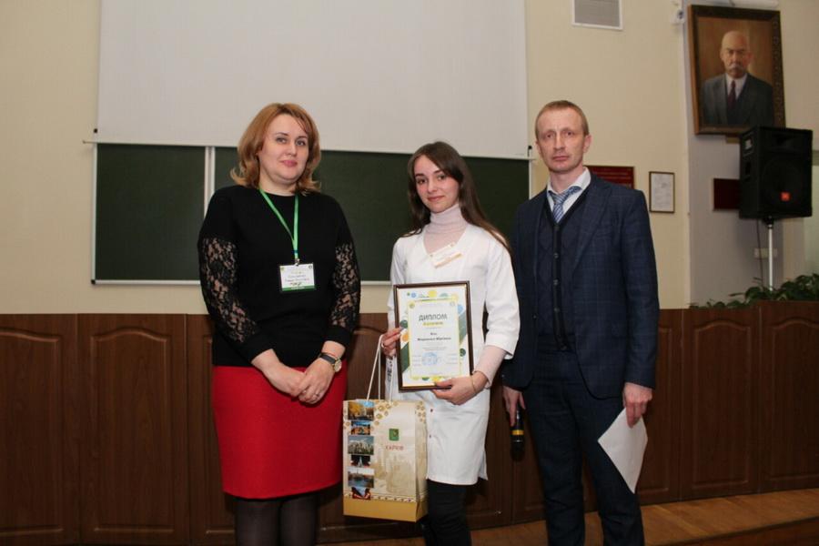 Франківська студентка-медик відзначилася на Всеукраїнській олімпіаді (ФОТО)