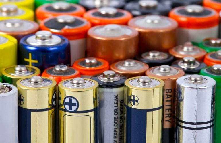 Де в Івано-Франківську можна здати батарейки і ртутьвмісні лампи (КАРТА)