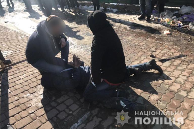 Калушанин, який обстріляв радіостанцію і порізав поліціянта, був п'яний. Йому загрожує довічне ув'язнення