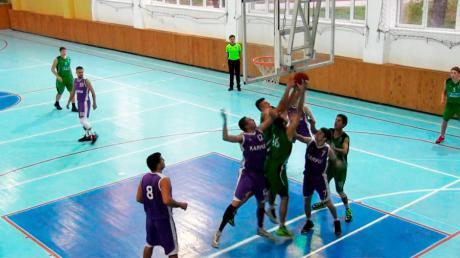 """Калуські баскетболісти обіграли """"Старлайф"""" і вийшли до другого етапу ліги"""