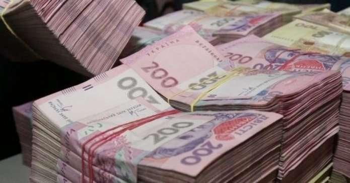 На Франківщині двоє мільйонерів задекларували доходи