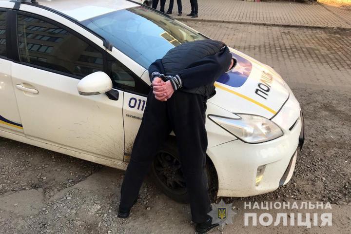 Зловмисники перебували під грошової заставою – в поліції розповіли про обставини спецоперації із затримання в Івано-Франківську «гастролерів» з Донбасу (фото+відео)