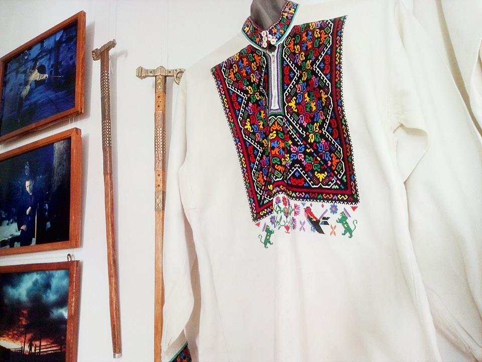 У Косові презентували виставку присвячену чоловічому гуцульському одягу і аксесуарам (фоторепортаж)