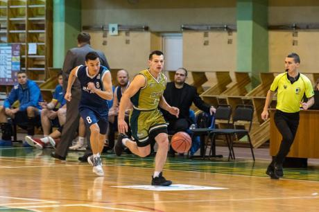 """Баскетболісти """"Говерли"""" вдома двічі переграли суперників із Дніпра"""