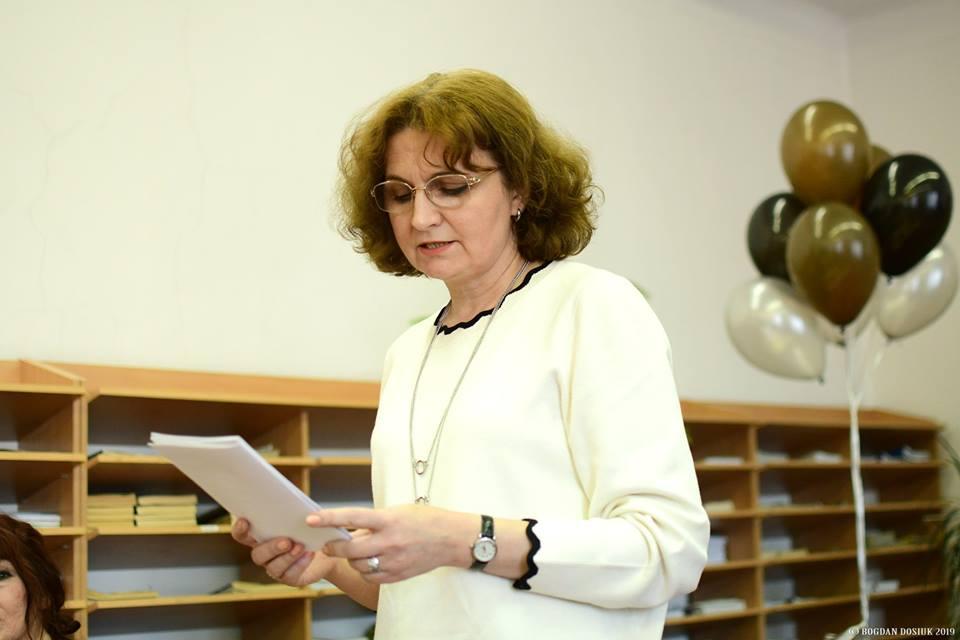 Прикарпатську письменницю відзначили подякою за значний внесок у розвиток української літератури (фоторепортаж)