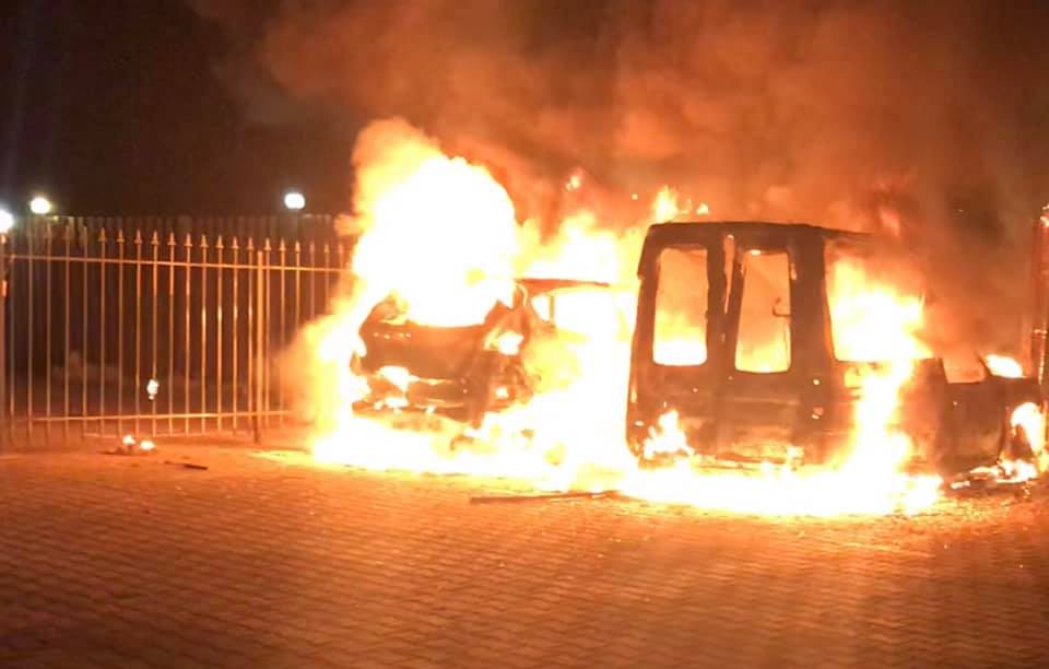 Журналісту з Прикарпаття у столиці спалили машину. Постраждалий звинувачує київського прокурора (ФОТО, ВІДЕО)