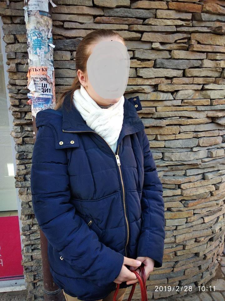 У центрі міста виявили неповнолітню жебрачку (ФОТО)