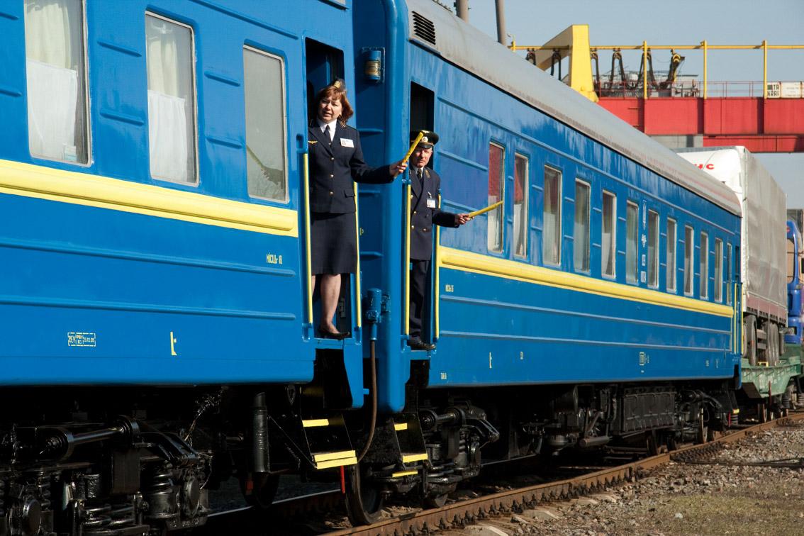 Через Франківськ з березня курсуватимуть потяги до Миколаїва та Херсона