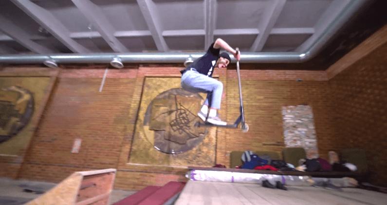 Франківські тінейджери за кишенькові гроші облаштували критий скейт-парк (фото+відео)