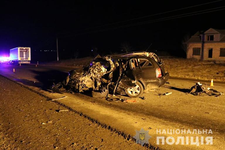 Подробиці аварії на Снятинщині: загиблий водій намагався обігнати автопоїзд (ФОТО)