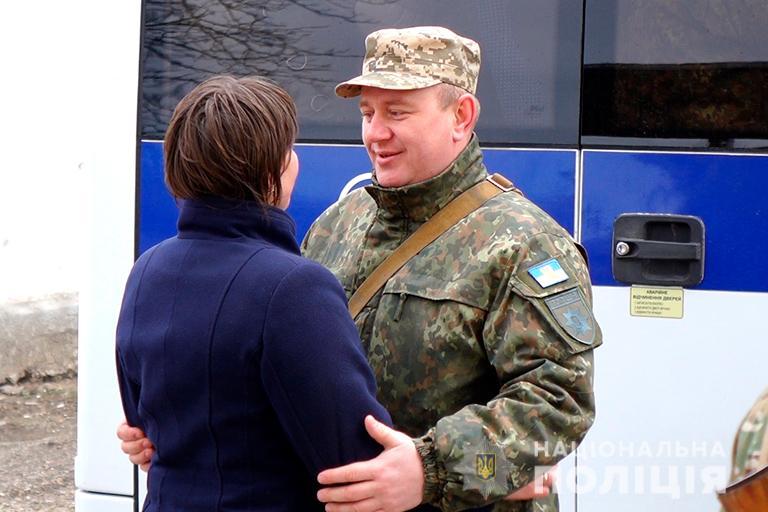 Прикарпатські поліціянти вирушили на Схід України (ФОТО)