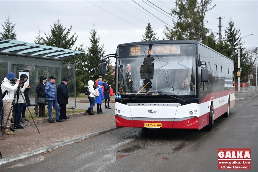 У Крихівцях урочисто запустили новий комунальний маршрут до АС-2 в Пасічну (ФОТО)