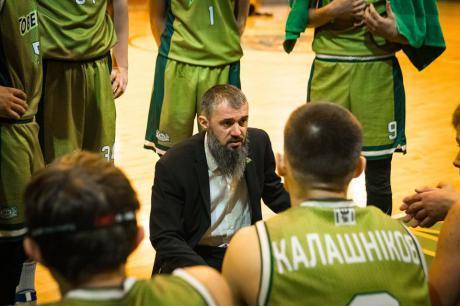 """Баскетболісти """"Говерли"""" у напружених матчах двічі поступилися лідерам чемпіонату"""