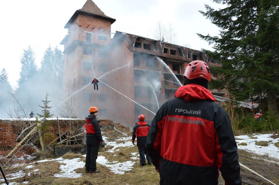 На Івано-Франківщині провели міжнародні навчання рятувальників (ФОТО)