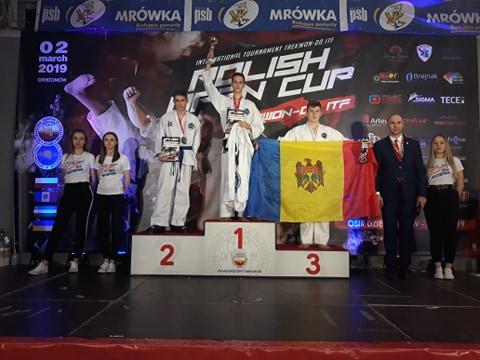 Прикарпатські тхеквондисти здобули 14 медалей на турнірі в Польщі