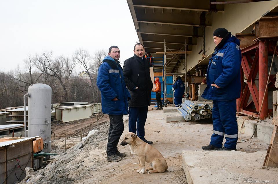 Мер Франківська показав, на якій стадії будівництво пасічнянського моста (ФОТО)