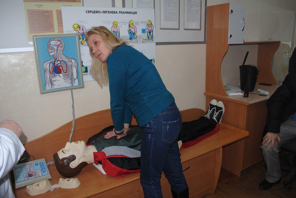 Франківських лікарів навчалисерцево-легеневій реанімації пацієнтів (ФОТО)