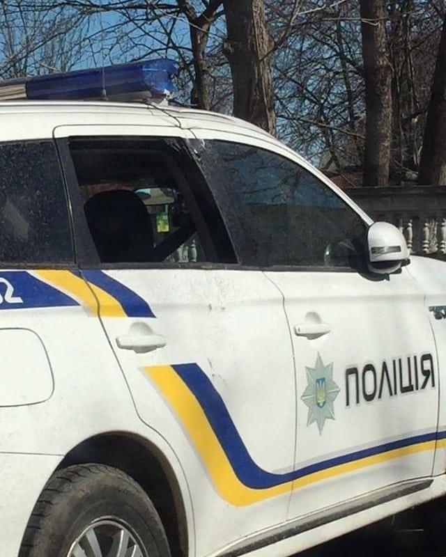 У Калуші негода пошкодила два службові авто поліції (ФОТО)