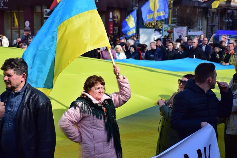Віче за чесні вибори провели у середмісті Івано-Франківська (ФОТО)