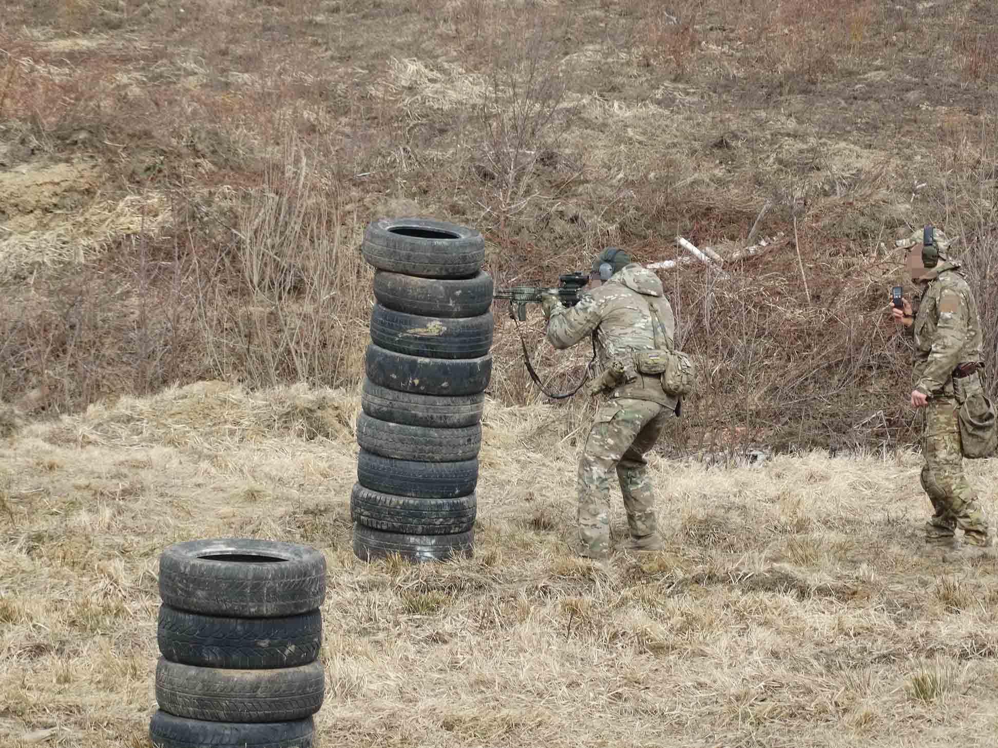 Бійці прикарпатської СБУ позмагалися у стрільбі (ФОТО)