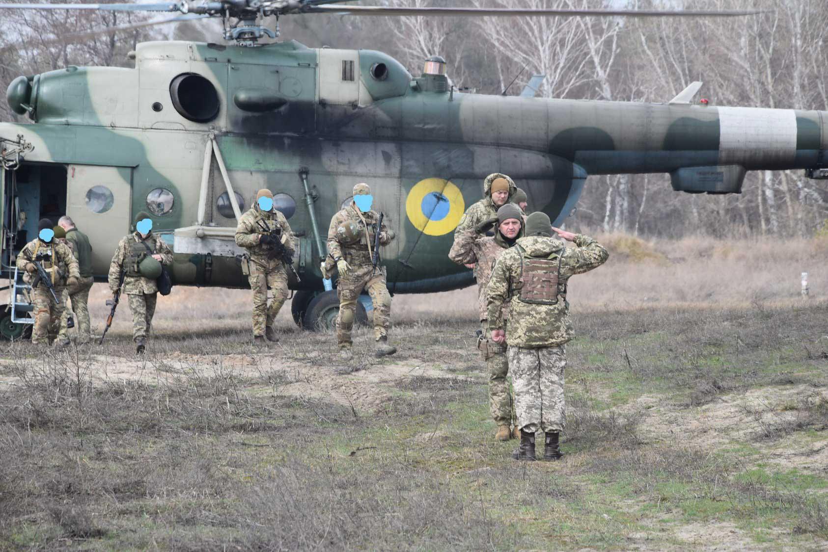 Муженко і Наєв відвідали підрозділи прикарпатської десятої бригади в зоні ООС (ФОТО)
