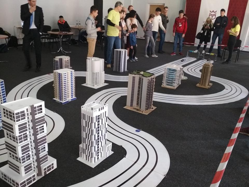 У Франківську відбулися змагання трекових роботів RoboSprint (ФОТО)