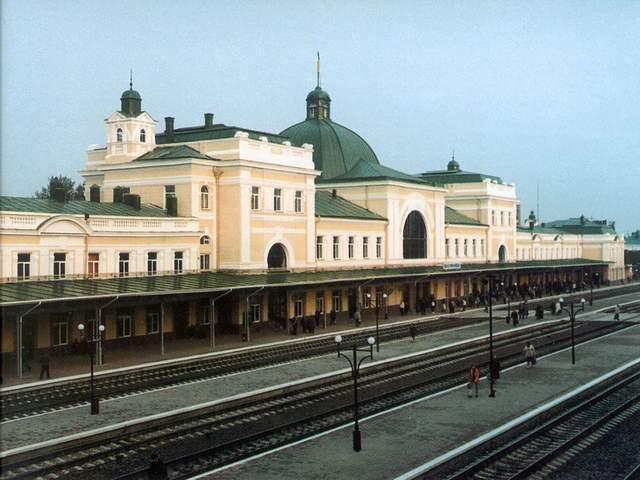 Франківський залізничний вокзал потрапив у топ-10 найбільш завантажених в Україні