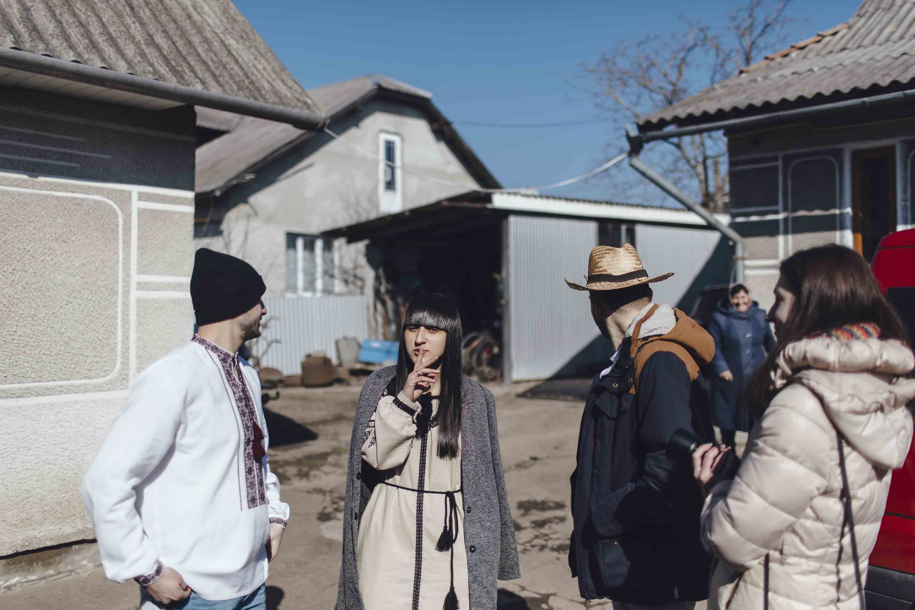 """MARUV по-гуцульськи: прикарпатка зняла провокативний кліп, бо вважає, що """"Євробачення пустили попри мешти"""