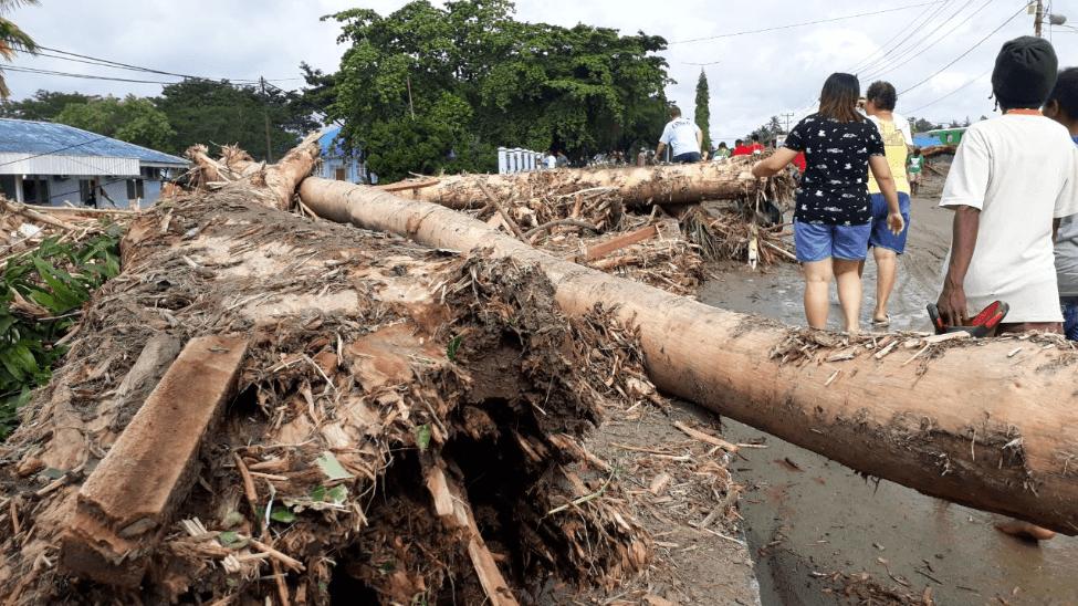 Повінь в Індонезії забрала життя щонайменше 42 осіб