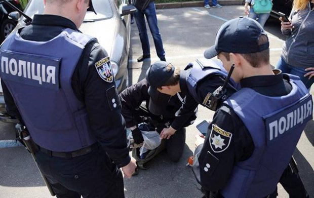 У Києві жінка вбила немовля і викинула тіло в лісі