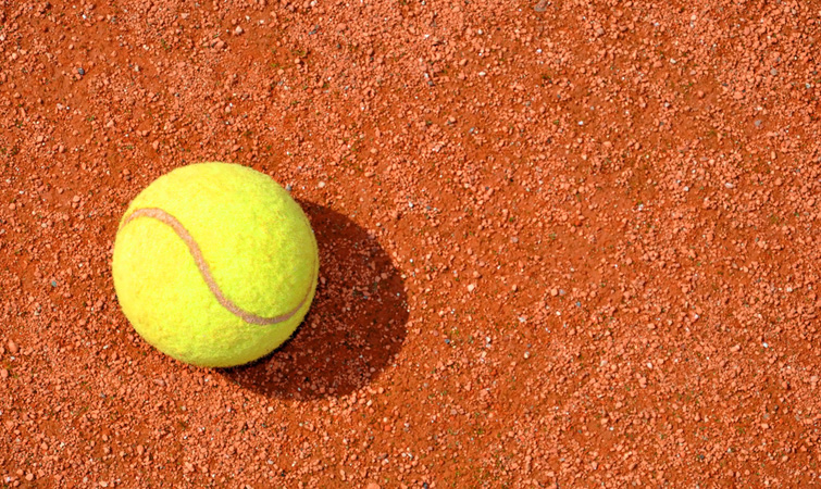 Юних франківців кличуть безкоштовно стати тенісистами