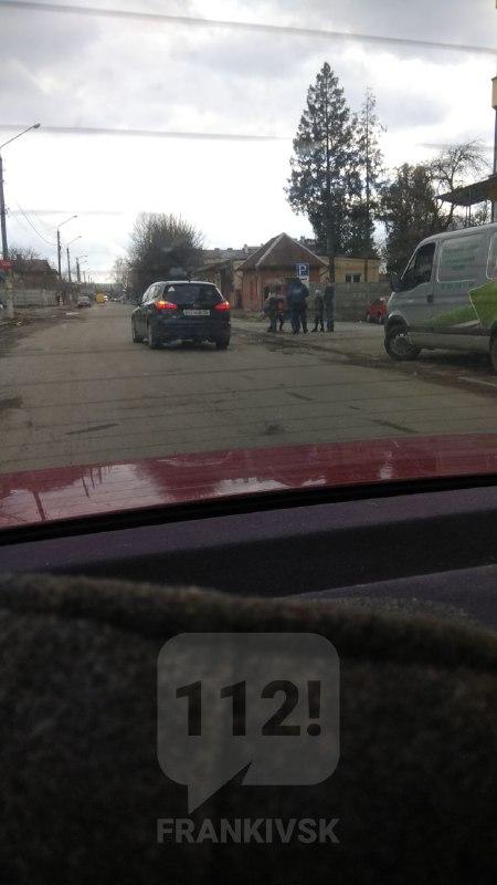 На Українських Декабристів в Івано-Франківську збили двох дітей (ФОТО)