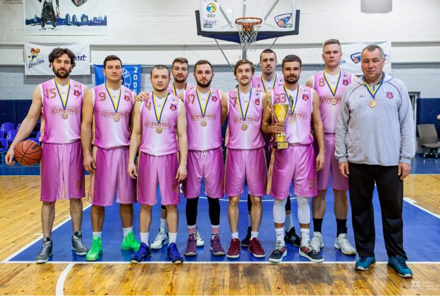 Калуські баскетболісти вибороли бронзовий кубокчемпіонату України (ФОТО)
