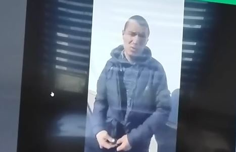 Комунальники знайшли вандала, котрий помалював свастикою центр Франківська (ВІДЕО)