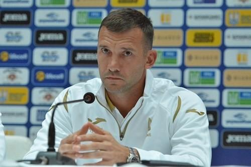 Шевченко не викликав Ракицького в збірну